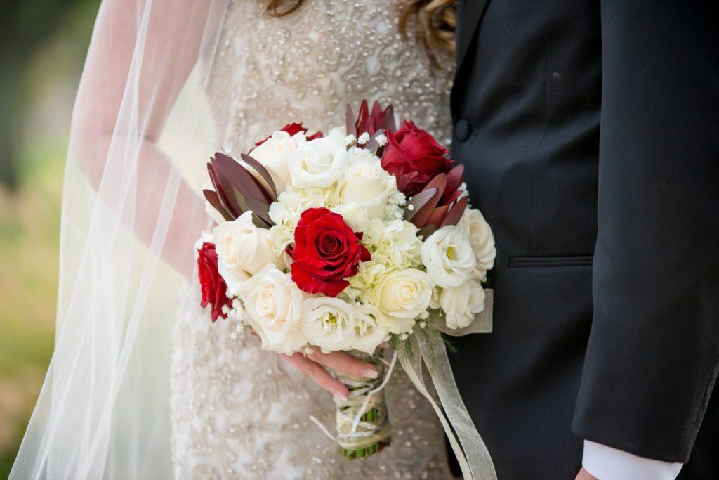 okrągły bukiet ślubny