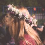 6 idealnych jesiennych fryzur i akcesoriów do nich!