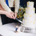 tort weselny 150x150 - Zestawienie 12 wyjątkowych piosenek na wjazd tortu weselnego!