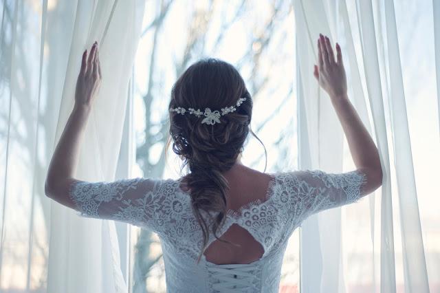 opaska ślubna zamiast welonu