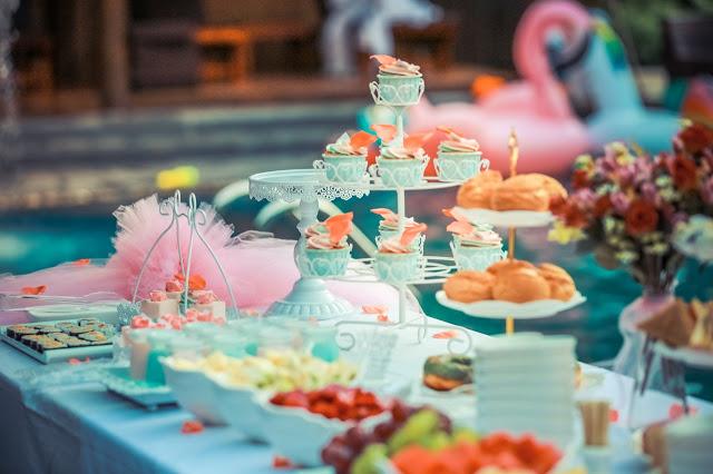 szwedzki stół na weselu