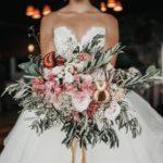 suknia slubna retro 150x150 - Czerwone usta czyli niesamowity makijaż ślubny!