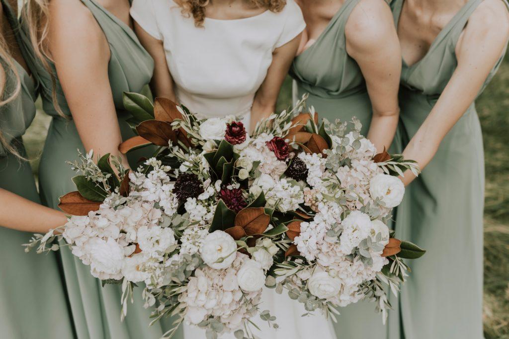 trend ślubny suszone kwiaty